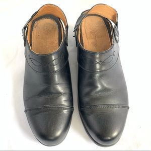 Ariat Black Leather Slip On Shoes Mules 9.5B. N